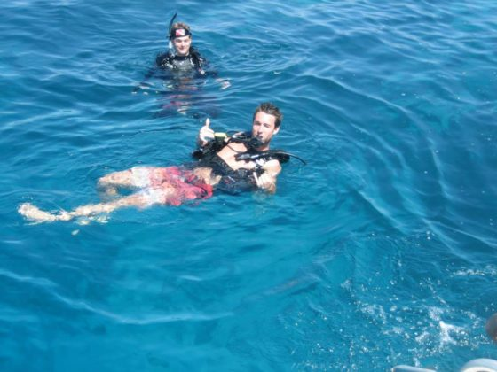 open water diving course in honduras